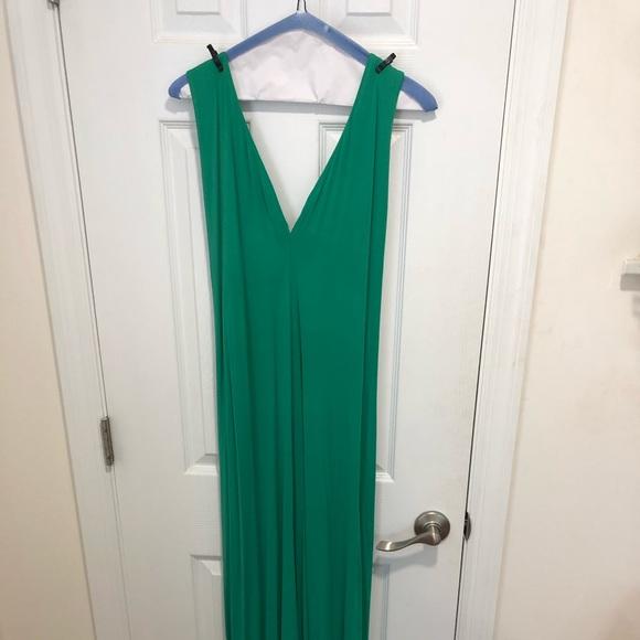 BCBGeneration Dresses & Skirts - Convertible BCBG maxi dress